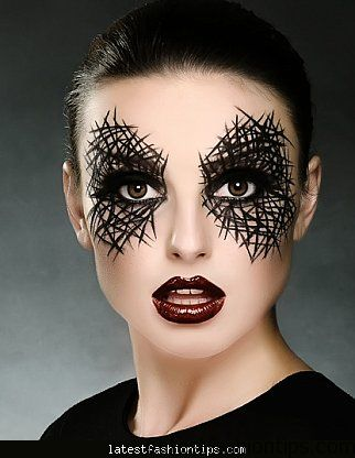 halloween-makeup-grab-some-eyeliner-and-forget-the-costume-stitch