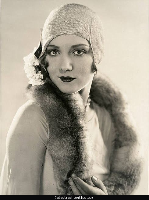 1930s gangster fashion women