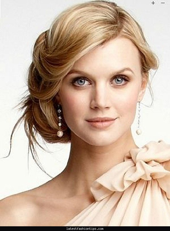 Wedding Hairstyles For Brides With Round Faces Beauty Ltf