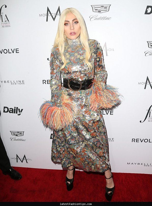 lady-gaga-honored-as-editor-of-the-year-at-the-fashion-los-angeles-