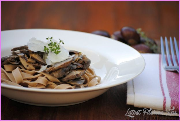 Chestnut pasta with mushrooms | italy on my mind