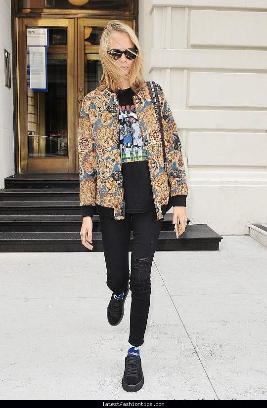 Cara Delevingne Out in NYC Style Look