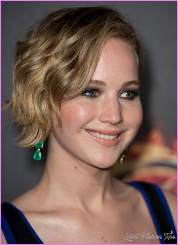 Short-Celebrity-Hairstyles-2014-2015-Jennifer-Lawrence-Short-Wavy-Haircut.jpg