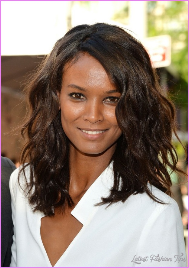 18 Marvelous Hairstyles for Thick Wavy Hair - Haircuts ...