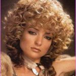 Curly 70's hairstyles_9.jpg