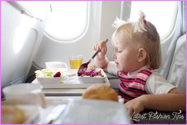 Air travel for child_1.jpg