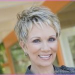 Short haircuts for women with fine hair over _2.jpg
