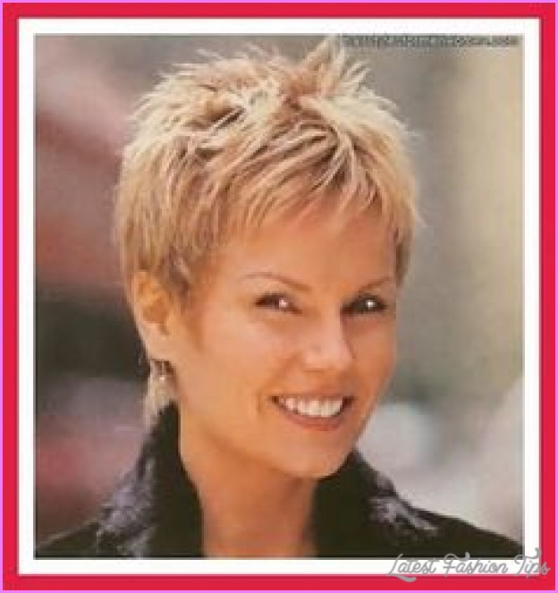 Short haircuts for women with fine hair over _3.jpg