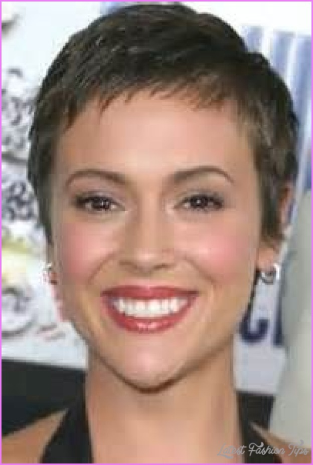 Alyssa Milano Pixie Haircut Latestfashiontips Com