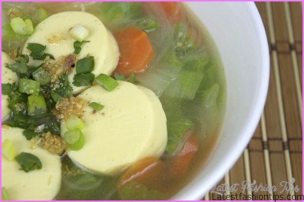 CHICKEN AND DOUFU IN CLEAR BROTH_2.jpg