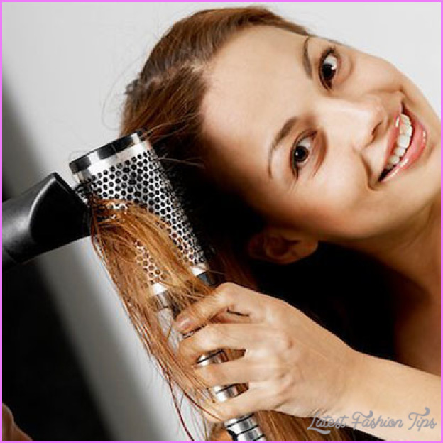 Drying Your Straight or Wavy Hair_8.jpg