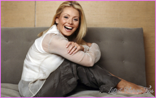 Kelly Ripa_13.jpg