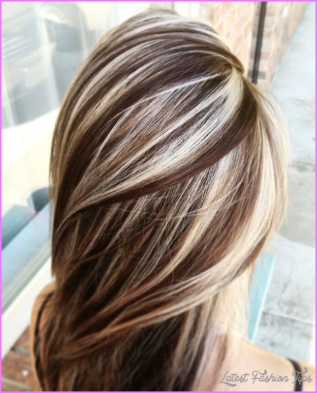 chocolate brown hair with blonde highlights