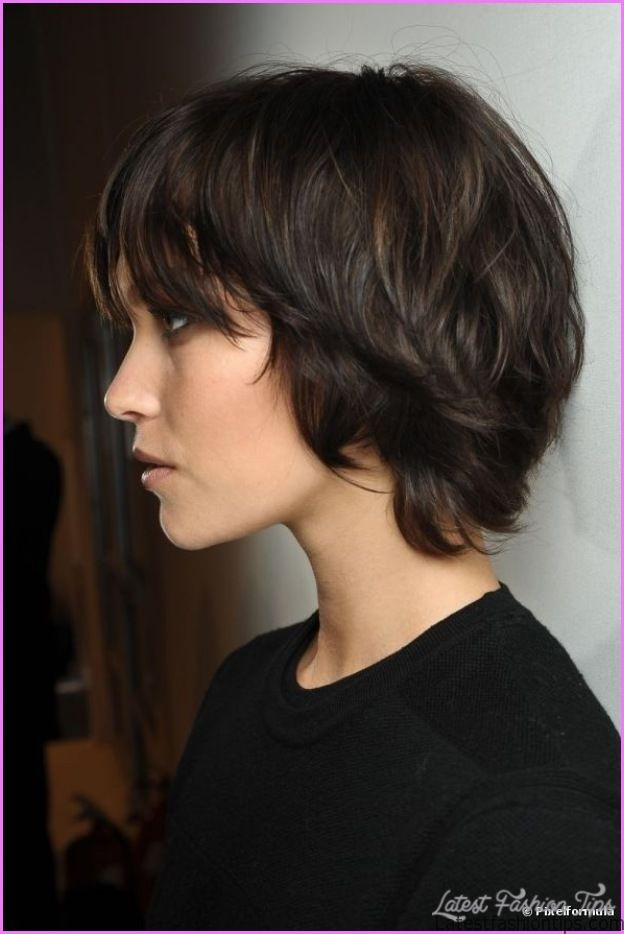 Hairstyles For Growing Out A Pixie Latestfashiontips Com