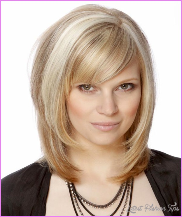 Layered haircuts for medium hair with side bangs latestfashiontips layered haircuts for medium hair with side bangs 7g winobraniefo Image collections