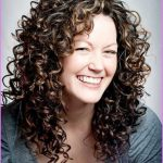 Long Curly Hairstyles _0.jpg