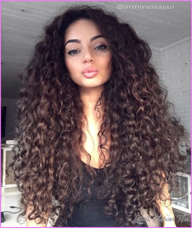 Long Curly Hairstyles _12.jpg