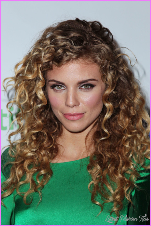 Long Curly Hairstyles _6.jpg