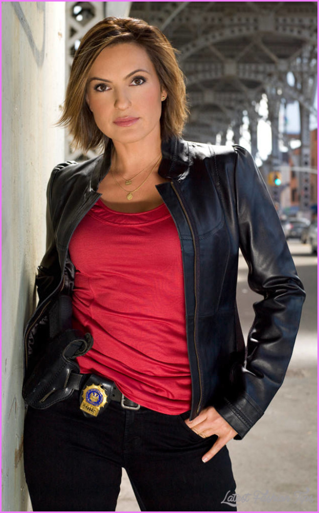 Mariska Hargitay With Short Hair _11.jpg