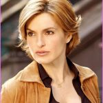Mariska Hargitay With Short Hair _6.jpg