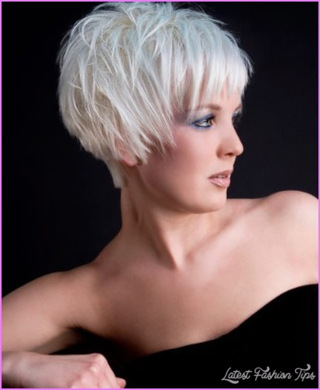 Short Choppy Haircuts For Women Over_10.jpg