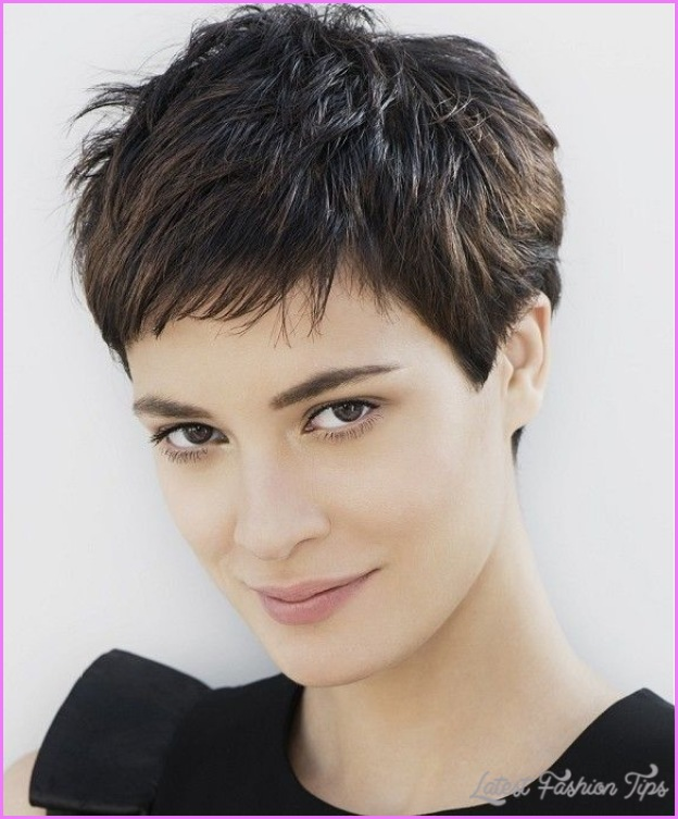 Short Haircuts For Women With Thick Hair_6.jpg