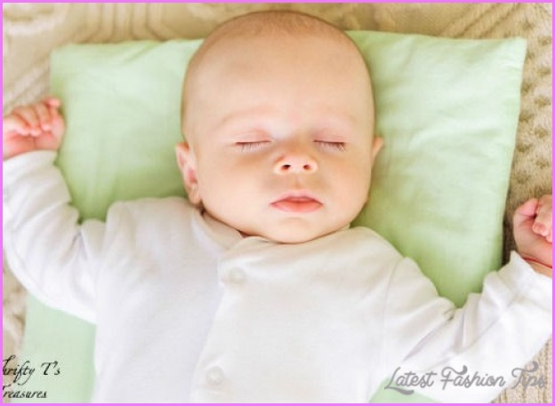 How To Get Your Baby To Sleep At Night_10.jpg