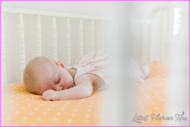 How To Get Your Baby To Sleep At Night_4.jpg