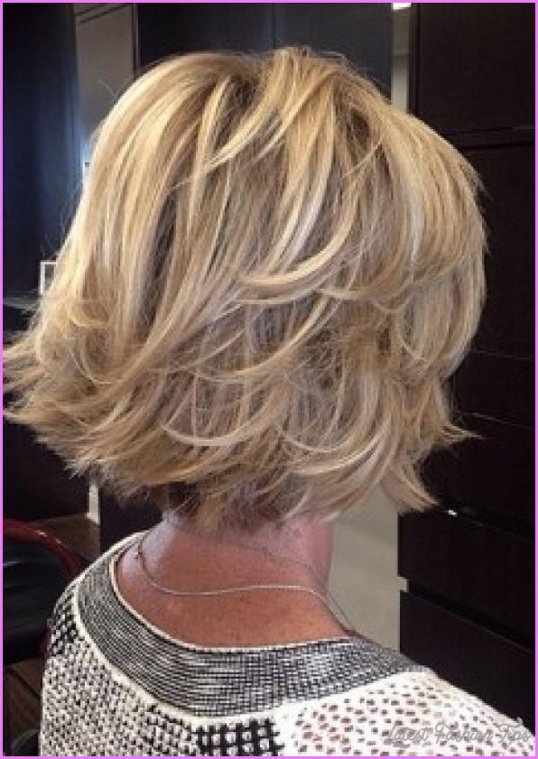 2-flicked-blonde-bob-hairstyle.jpg?resize=240%2C340&ssl=1