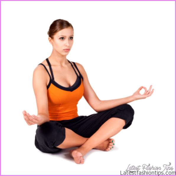 Sitting Yoga Poses - LatestFashionTips.com