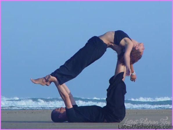 Yoga Partner Poses_5.jpg