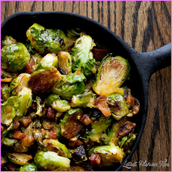 Bacon-sauteed brussels sprouts_10.jpg