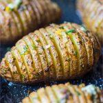 Crispy golden roast potatoes_10.jpg