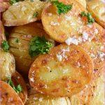 Crispy golden roast potatoes_12.jpg