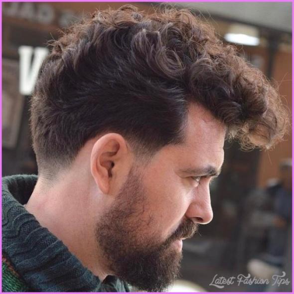 Hairstyles For Curly Hair Men_10.jpg