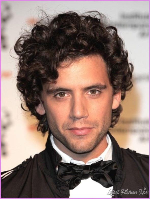 Hairstyles For Curly Hair Men_20.jpg