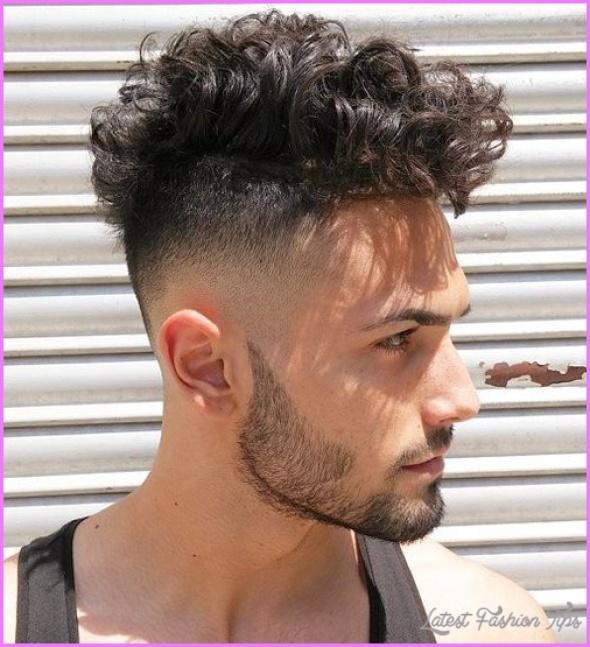Hairstyles For Curly Hair Men_26.jpg