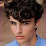 Hairstyles For Curly Hair Men_32.jpg