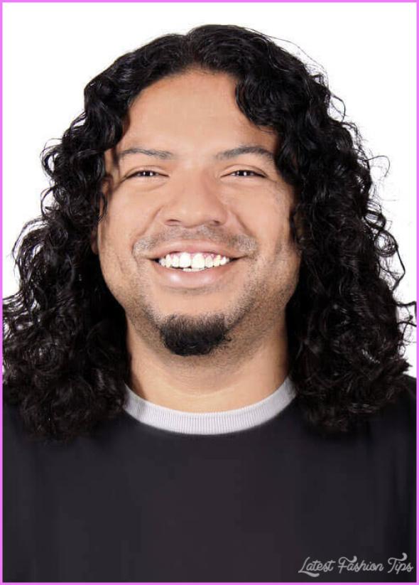 Hairstyles For Curly Hair Men_5.jpg