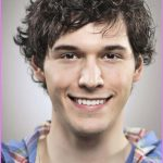 Hairstyles For Curly Hair Men_8.jpg