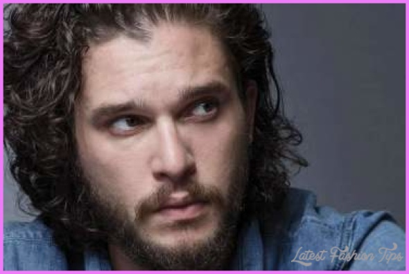 kit-harrington-curly-hair-curly-mens-hairstyles-1-370x247.jpg