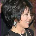 Long Hairstyles For Women Over 50 Years Old_32.jpg