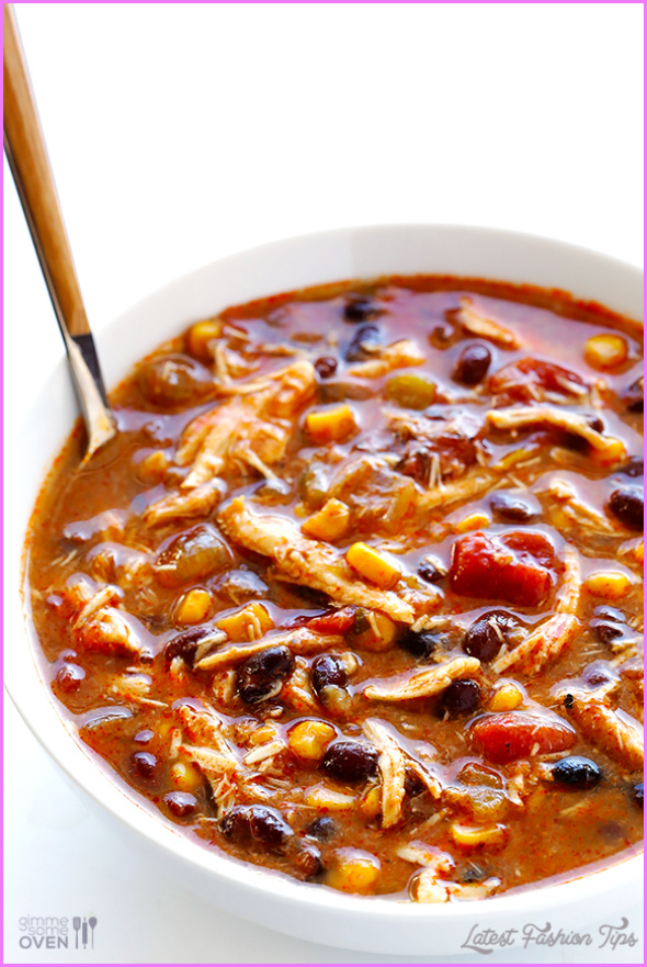 Slow Cooked Chicken Coriander Enchilada Soup_4.jpg