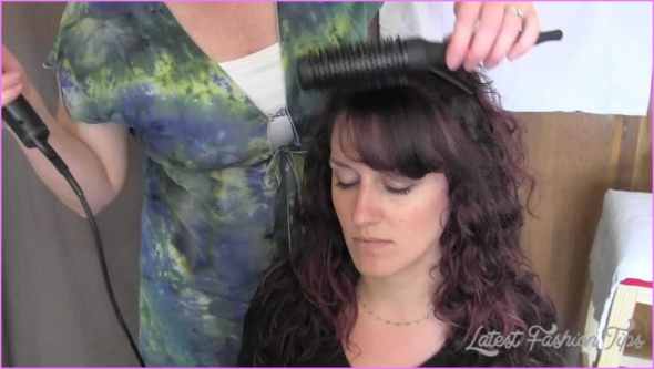 Blow-Dry Tips for Perfect Bangs_12.jpg