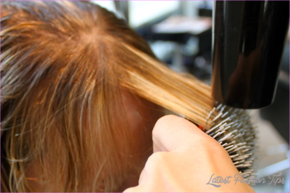 Blow-Dry Tips for Perfect Bangs_15.jpg
