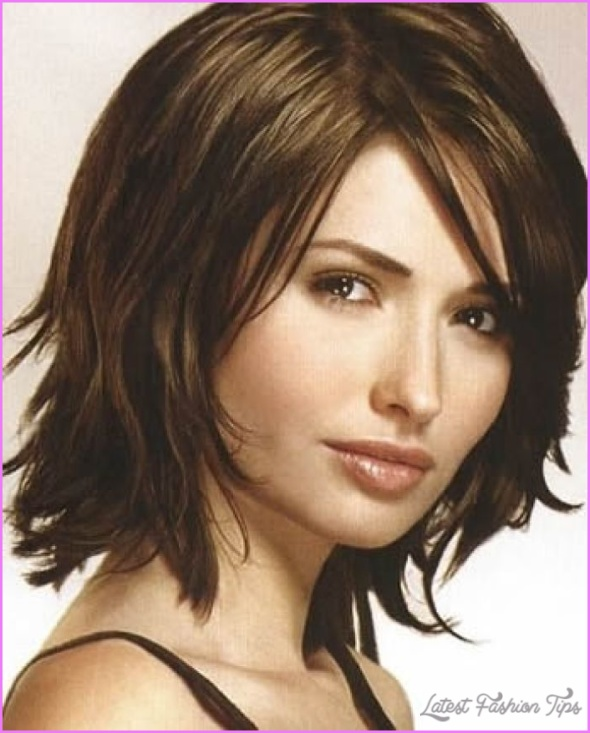 Same Layered Shoulder Length Haircut, Different Hairstyles_17.jpg