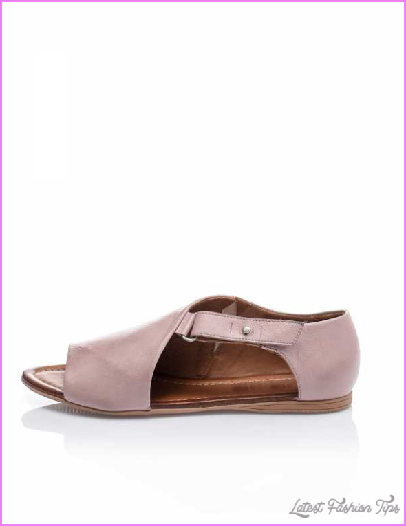 Lilac-Women-s-Leather-Sandals.jpg