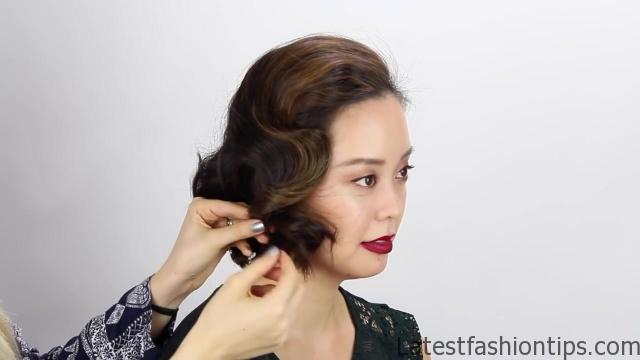 3-short-hair-holiday-hairstyles 35