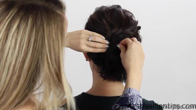 3-short-hair-holiday-hairstyles 56