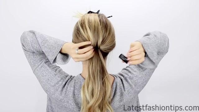 30-second-ponytail-hack 05